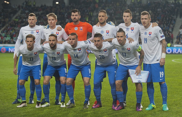 9b27be83f2cf9 Kvalifikácia MS vo futbale 2018: Predpokladaná zostava Slovenska proti  Slovinsku