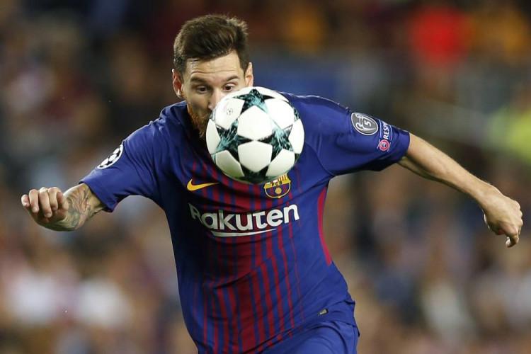 9831c15c4 Liga majstrov: FC Barcelona v 1. kole zdolala Juventus 3:0, dva góly dal  Messi