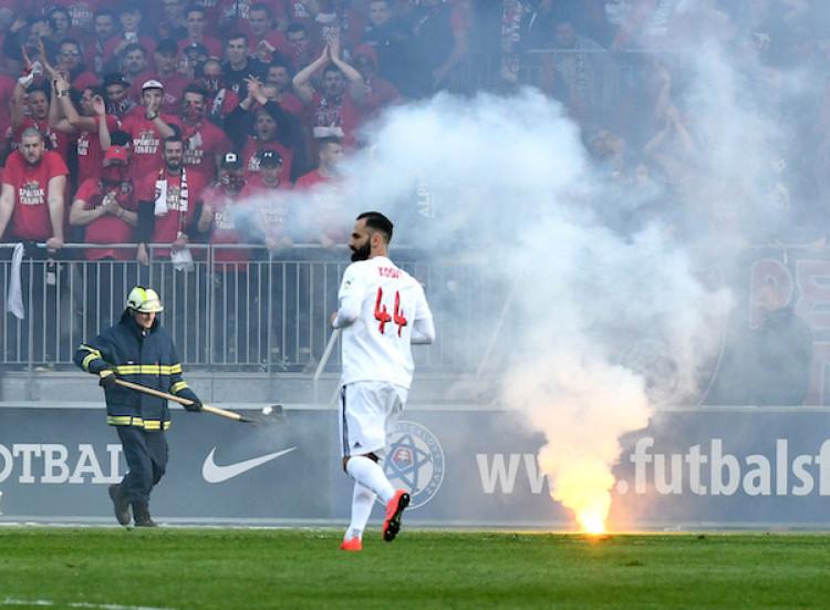 d6a9e98fd2 Finále Slovenského pohára  V Nitre rátajú škody