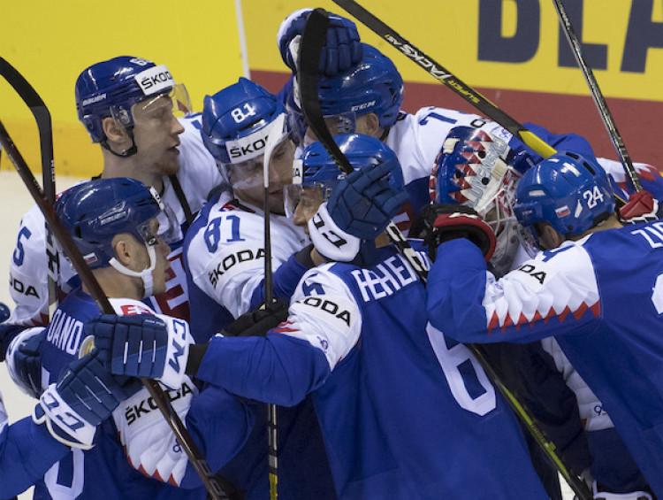 4c0efaf1660fc Slovensko nestačilo na Fínsko, hetrik strelil Kakko |MS v hokeji 2019