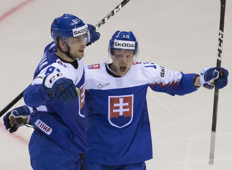 c38fe85664e7a Slovensko jasne zdolalo Veľkú Britániu, nádej na postup žije |MS v hokeji  2019
