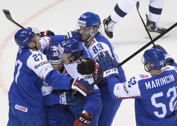 97dd658f94363 Slovensko zdolalo Francúzsko a bojuje o postupovú nádej |MS v hokeji 2019