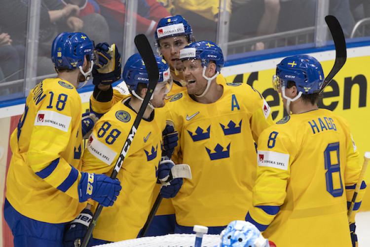 aaee8ea87cb82 Fínsko zdolalo Švédsko, rozhodnúť muselo až predĺženie |Štvrťfinále MS v  hokeji 2019