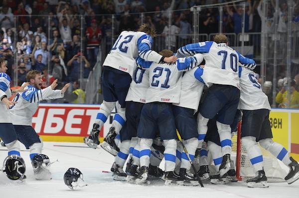 0d3fe1a11e334 Fínsko je hokejovým majstrom sveta, vo finále zdolali Kanadu  Finále ...